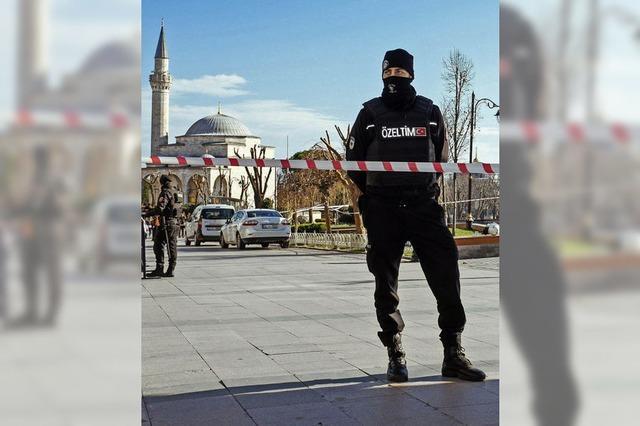 Entsetzen über Anschlag in Istanbul – Acht Deutsche tot