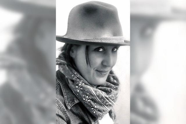 Karin Kontny liest im Brunnmatthof in Unteralpfen