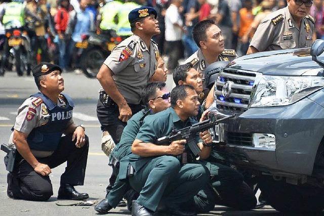 Mehrere Tote bei Attentatsserie des IS in Jakarta