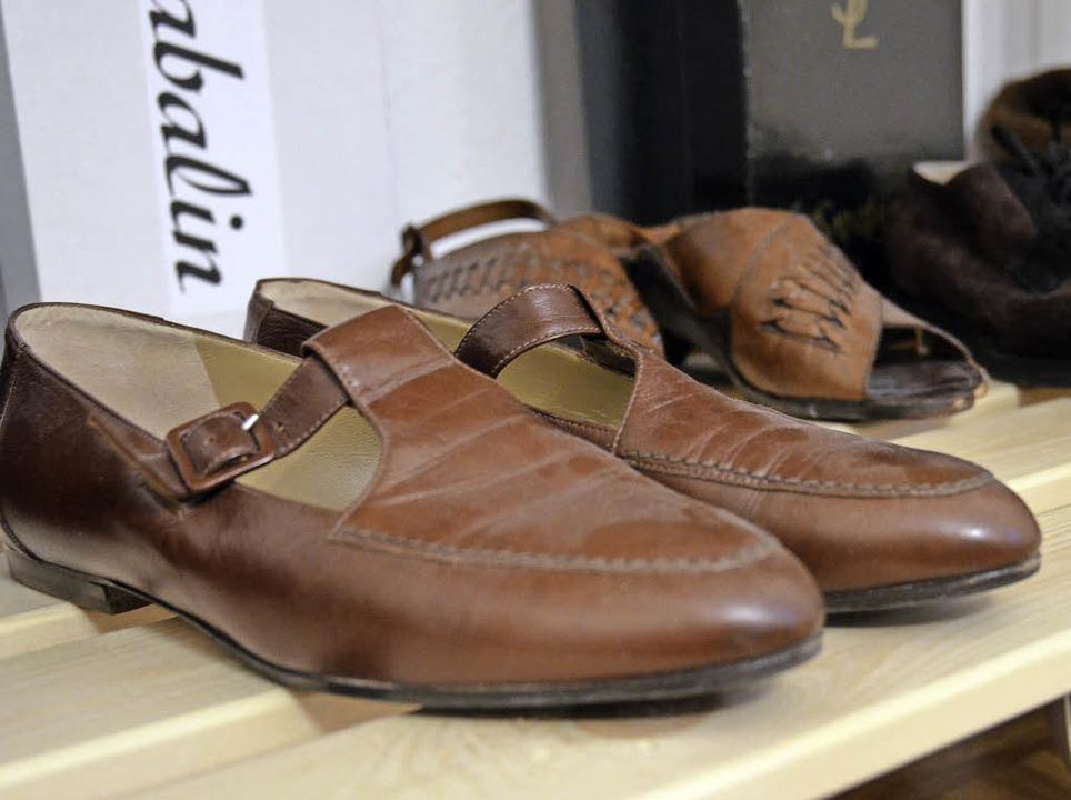 Egal ob Schuhe, Kleider, Taschen, Jack... und gut erhalten  ist, wird verkauft.  | Foto: Sophia Hesser