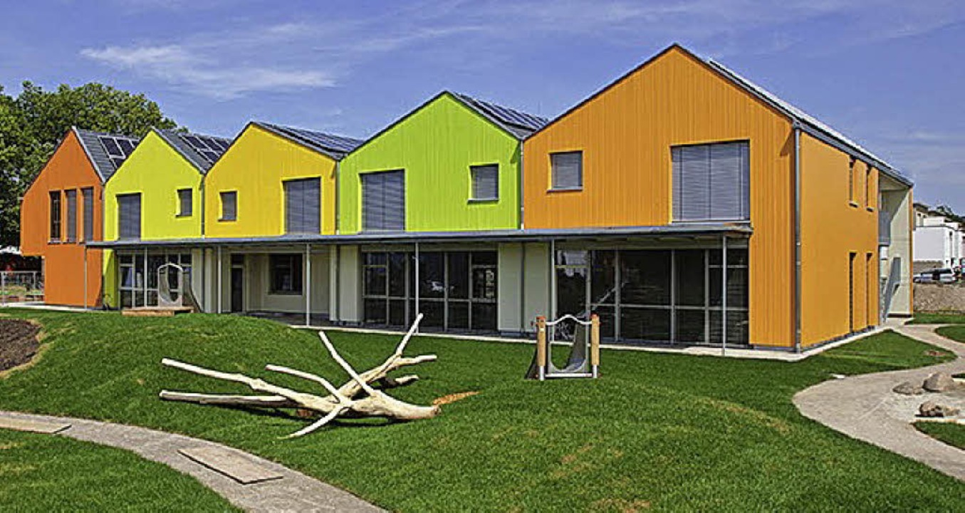 Villa Kunterbunt: Die farbenfrohe Kita am Mühlbach ist  ein Jahr in Betrieb.   | Foto: Concept maternel