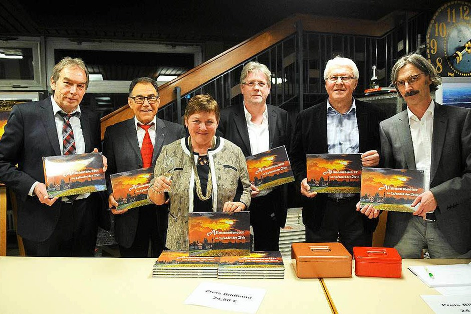 Impressionen vom Auftakt des Jubiläumsjahrs in Allmannsweier (Foto: WOLFGANG KUENSTLE               )