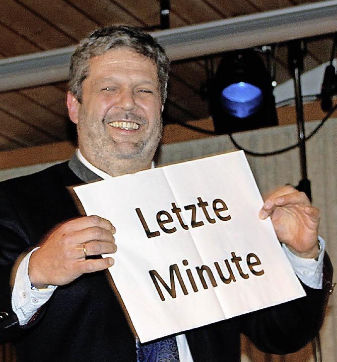 Bürgermeister Michael Scharf mahnte di...tler an, wenn es Zeit war, aufzuhören.    Foto: Martha Weishaar