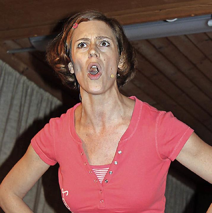 Inka Mayer setzt sich in fulminanten W...e Gunst des Publikums im Handumdrehen.    Foto: Martha Weishaar