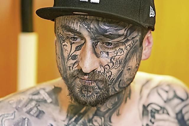 BADISCHE-ZEITUNG.DE: Tattoo Total