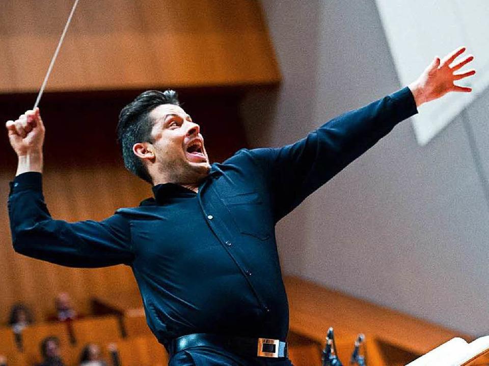Orso-Gründer und Dirigent Wolfgang Roese.  | Foto: Miroslav Dakov