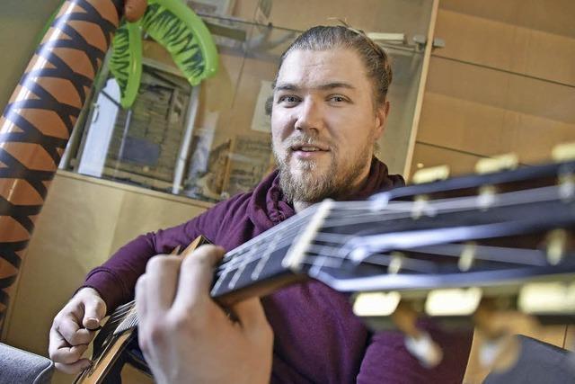 Gitarrist Michael Bitz hat in Freiburg für sich den Gypsy-Jazz entdeckt