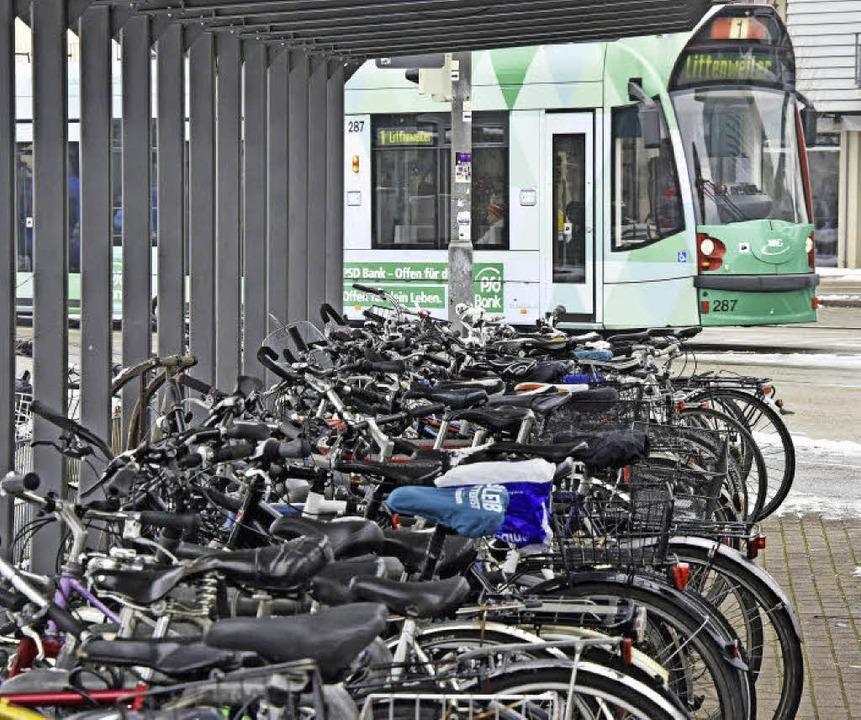 Umsteigen auf Rad oder Tram soll leichter werden.     Foto: Michael Bamberger