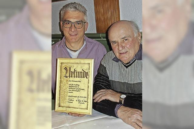 Kirchenchor Gündelwangen hat neues Ehrenmitglied