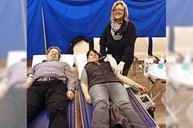 Jeder, der gesund ist, sollte sein Blut spenden