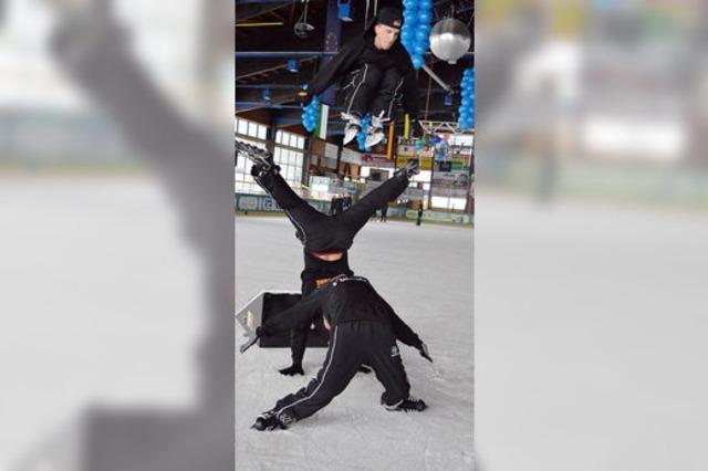 Freestyler zeigen, was auf Eis möglich ist