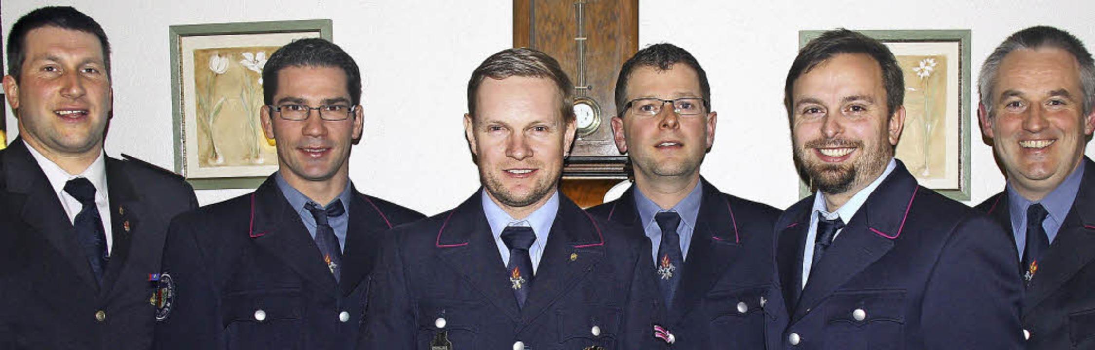 Jens Probst (stellvertretender Gesamtk...inks) führen die Riedlinger Feuerwehr.  | Foto: Yvonne Siemann