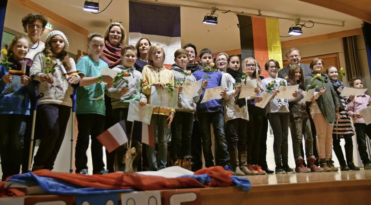 Schüler der ehemaligen vierten Klasse ...anzösisch-Zertifikaten ausgezeichnet.   | Foto: Beatrice Ehrlich