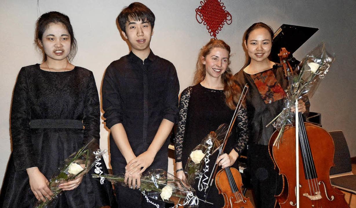 Junge Musiker begeisterten das Publiku...oltz (Violine), Duojiao Zhao (Cello).     Foto: Bianca Flier
