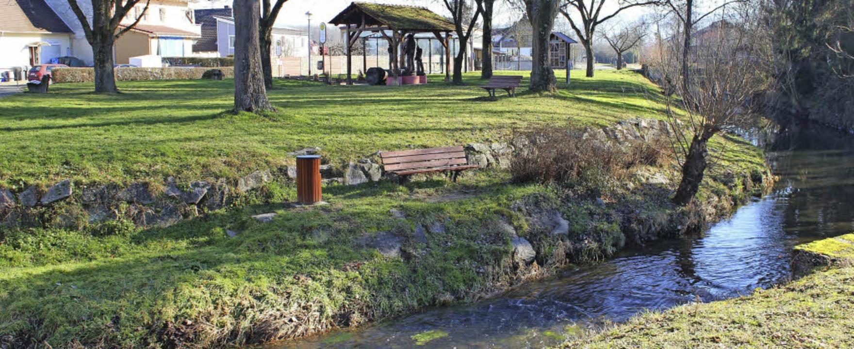 Der Platz zwischen Narrenbrunnen und d...ms noch einladender gestaltet werden.   | Foto: Mario Schöneberg