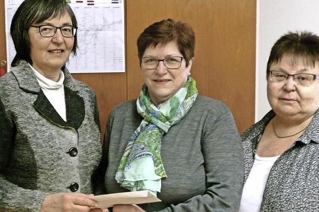 KfD Bleibach spendet an den Sozialdienst