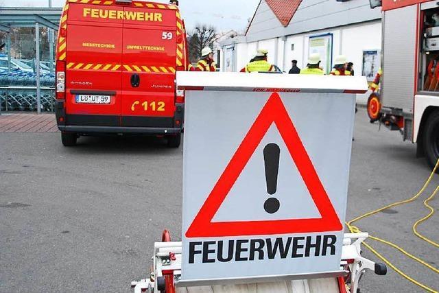 Zweimal Gas-Alarm im Supermarkt – Feuerwehr rückt an