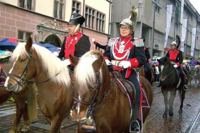 Das Reitercorps ist seit 88 Jahren beim Rosenmontagsumzug mit dabei