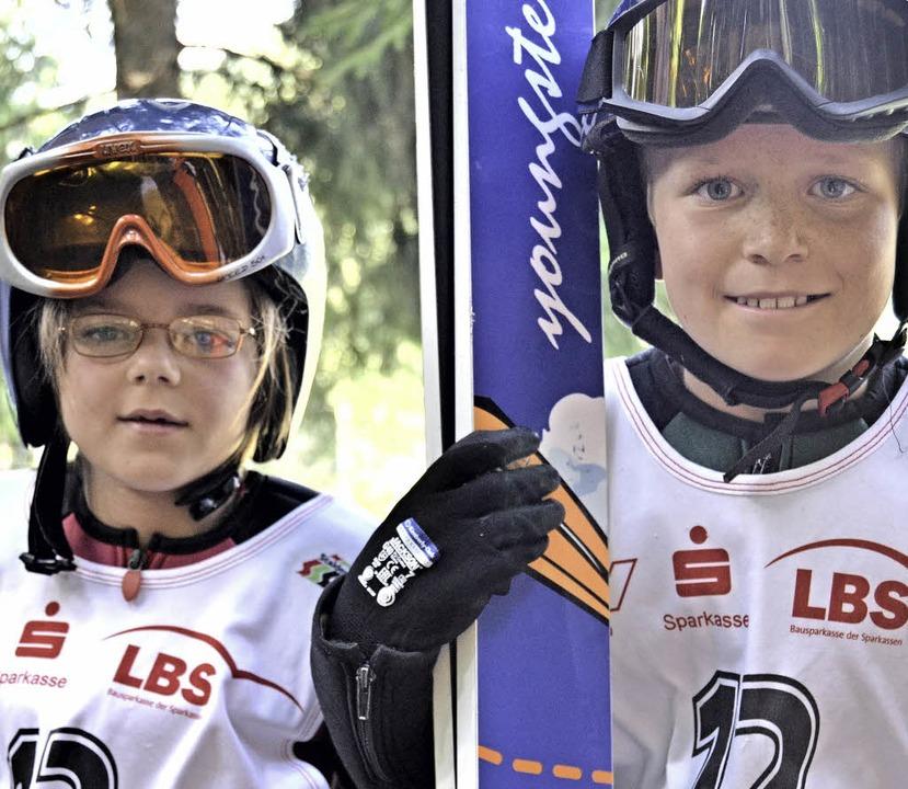 Nachwuchsspringer: Katrin Mark  und Mika Ketterer    Foto: junkel