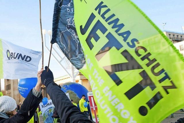 Gemeinde Stegen zeigt Flagge für mehr Klimaschutz