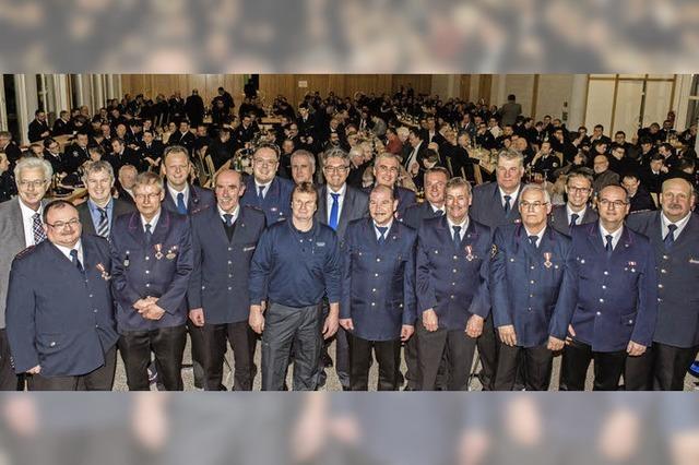 Freiwillige Feuerwehr dauernd im Einsatz