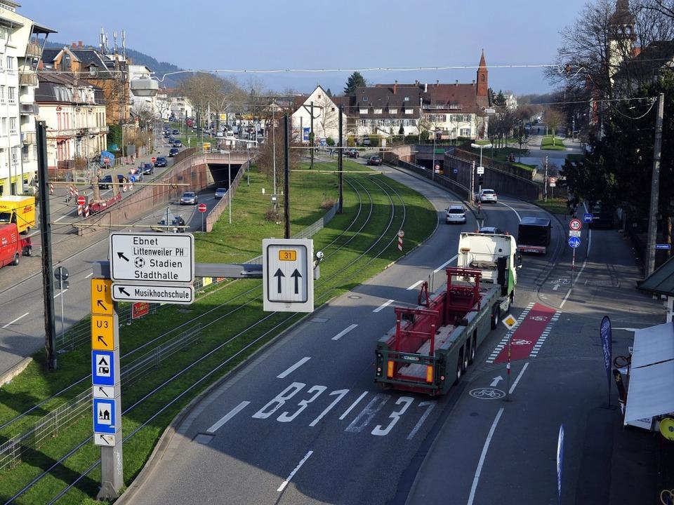 Der Stadttunnel soll im Freiburger Ost...n bestehenden Tunnel angedockt werden.  | Foto: Thomas Kunz