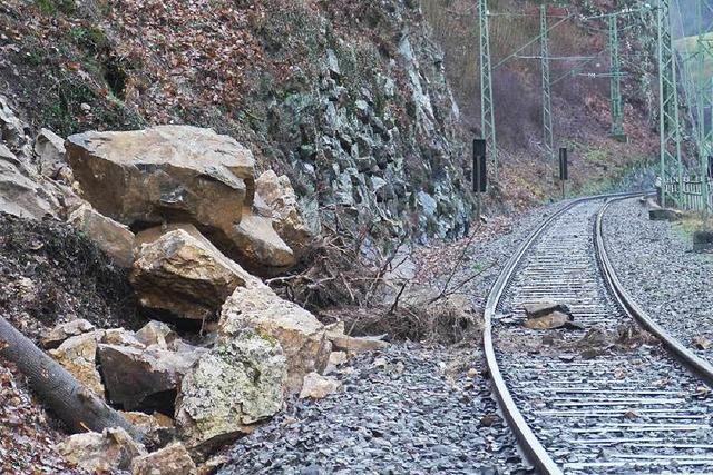 Höllentalbahn nach Erdrutsch mindestens zwei Wochen gesperrt – B31 bleibt wohl frei