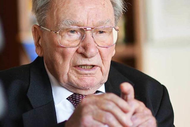 Erfinder des Fischer-Dübels tot - Artur Fischer starb mit 96