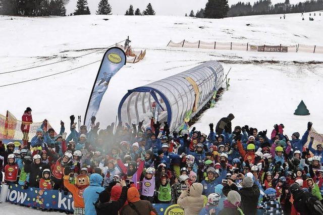 Kids an Snow in Feldberg