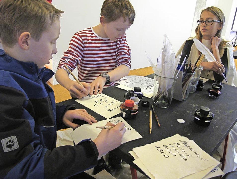 Auf großes Interesse stieß der erste F...Museum Alte Schule stattfinden konnte.  | Foto: Jutta Schütz