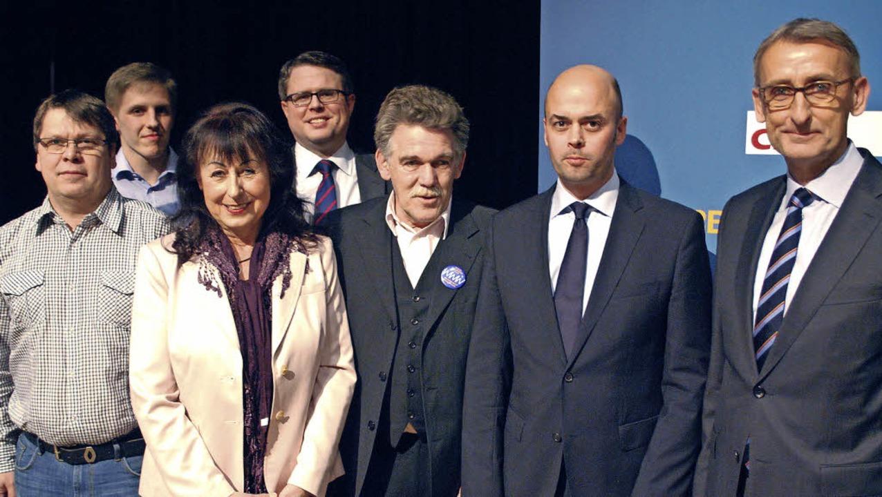 Der neue Vorstand des CDU-Kreisverbandes um Armin Schuster (rechts)   | Foto: Thomas Loisl Mink