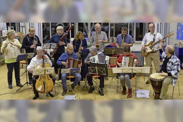 Mit Akkorden, Querflöte und Cello
