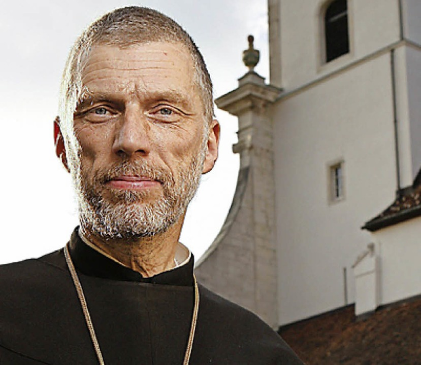 Abt Peter von Sury predigt beim Fridolinsfest 2016    Foto: Kloster