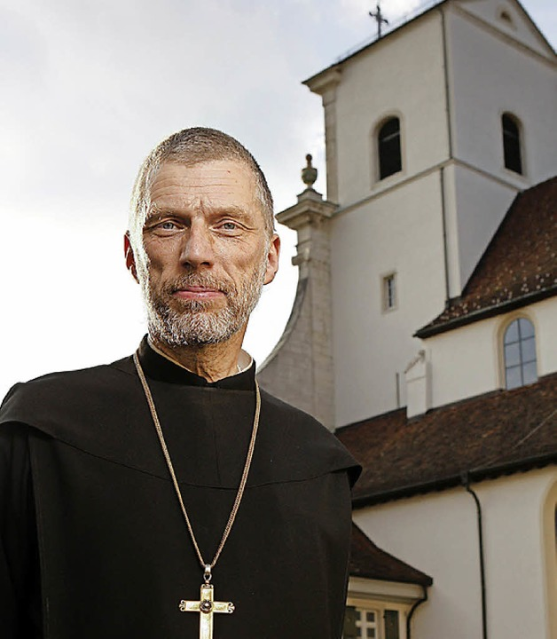 Abt Peter von Sury predigt beim Fridolinsfest 2016.    Foto: Kloster
