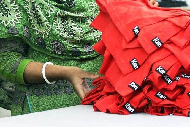Flüchtlinge nähen für H & M