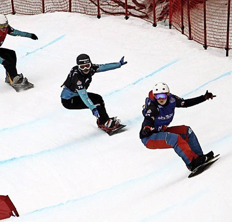 An der Spitze: Jana Fischer (rechts) f...isterschaft im Final-Heat   vorne weg.  | Foto: sbx