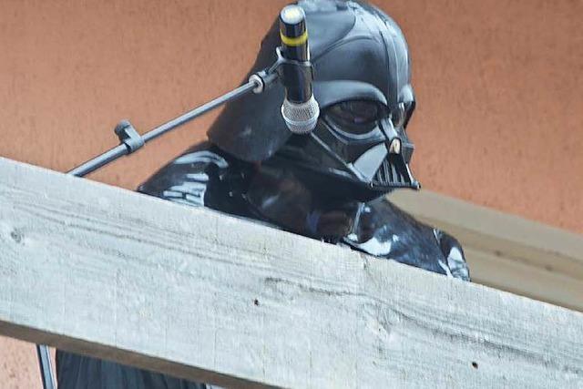 Narren besänftigen Darth Vader