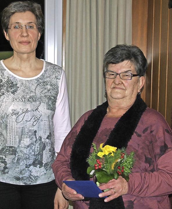 Treue Dienste geleistet für die Gemein...denburger Rathaus und als Ortsdienerin  | Foto: Gabriele Poppen