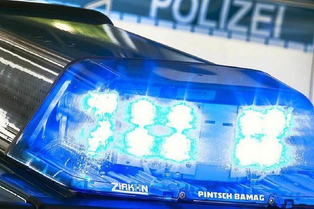 Rücksichtloser Mercedes-Fahrer verursacht Unfall