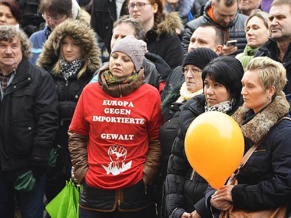Teilnehmer der Demonstration  | Foto: Ralf Burgmaier