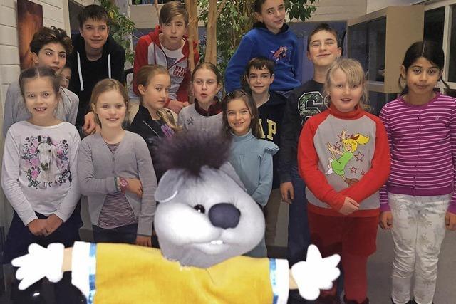 Rosinka-Kinder helfen Hänsel und Gretel