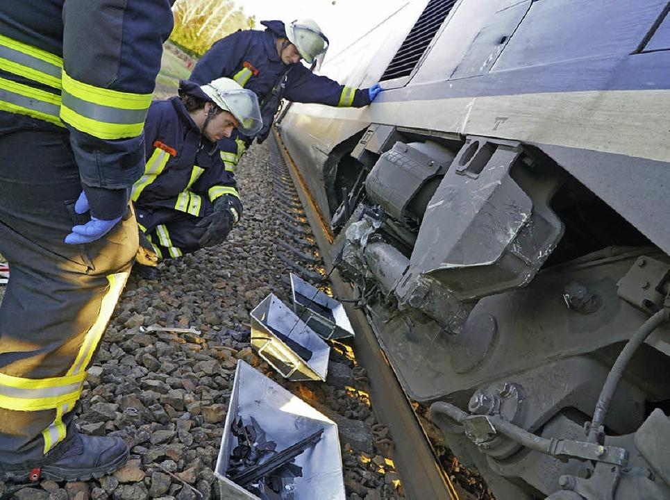 Der sichtbare Schaden an der Lokomotive war gering im Vergleich zu dem am VW.   | Foto: Lukas Habura