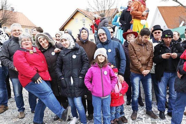 Syrische Familien beim Umzug Grafenhausen