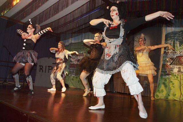 Büttenreden, Show und Tanz