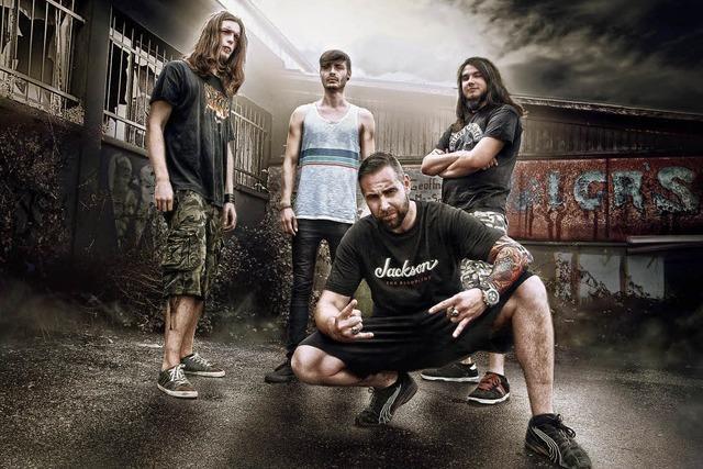 Vier Bands bieten Hardcore-Music im Schlachthof