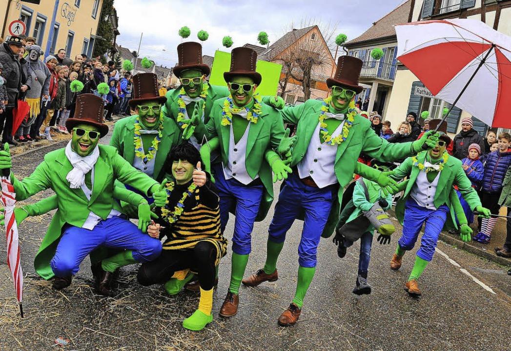 Als Grashüpfer waren die Party Choppers dabei.    Foto: Sandra Decoux-Kone