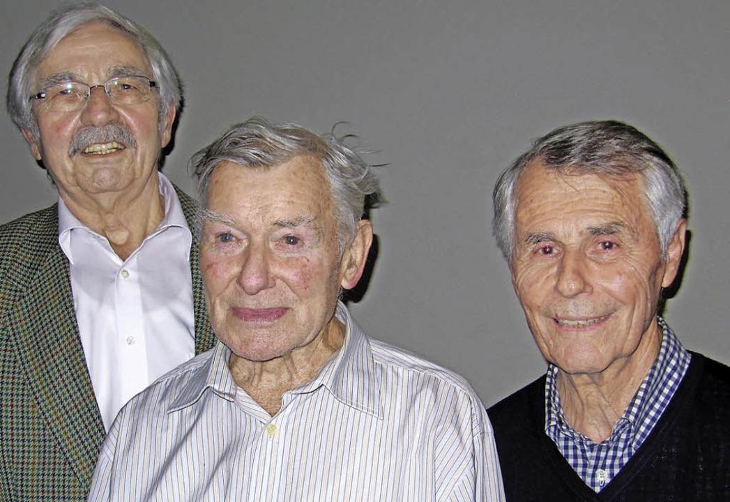 Die Sängerjubilare des Chor '72 ...ald Gasser (50) und Horst Krämer (40)   | Foto: Privat