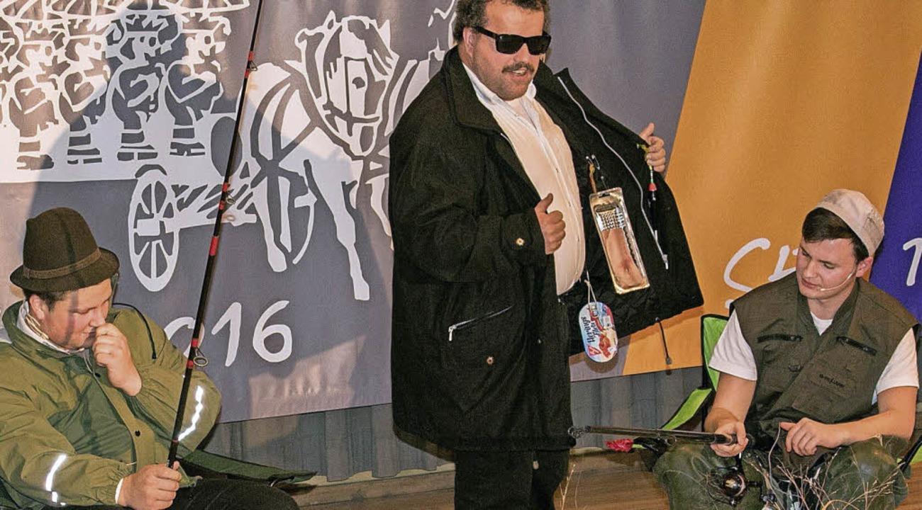 """Elferratsball in Birkendorf stand unte... Jäger, Angler und andere Lügner""""    Foto: Chris Seifried"""