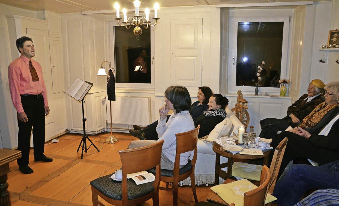 Mit dadaistischen Vorträgen unterhielt...forte seinen  Zuhörerkreis in Kappel.   | Foto: Alexandra Wehrle
