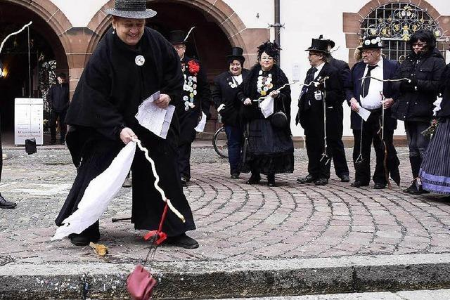 Fotos: Freiburger Fasnet 2016 endet mit der Geldbeutelwäsche